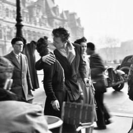 Robert Doisneau, Le baiser de L'Hotel De Ville, 1950 ©Atelier Robert Doisneau
