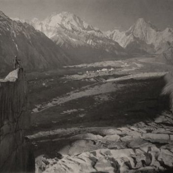 Panorama of the Baltoro glacier from the top of Urdokas (Karakorum mountains), Massimo Terzano, 1929, ©Società Geografica Italiana