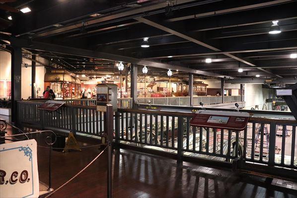動力工場の2階にミュージアムがあります