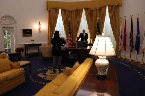 大統領執務室=オーバル・オフィスの再現