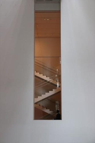 こういう階段の見せ方は好きです