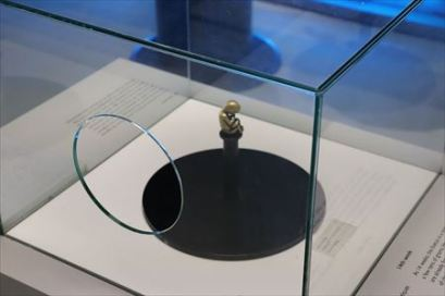 胎児模型のハンズオン展示