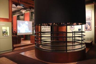 リュミエール兄弟の360度全周写真も再現されています。ある意味、VRです