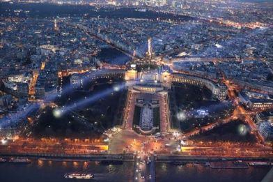 エッフェル塔から見たシャイヨー宮