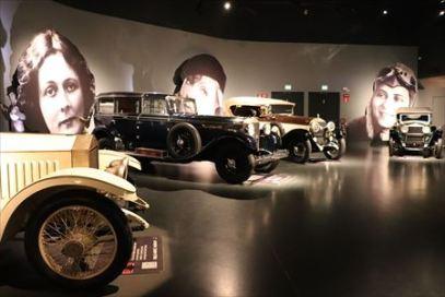 トリノ自動車博物館02_R