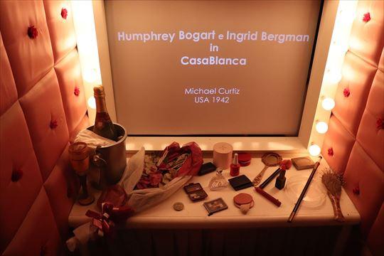 「カサブランカ」の時のハンフリー・ボガードかイングリッド・バーグマンの楽屋のようです