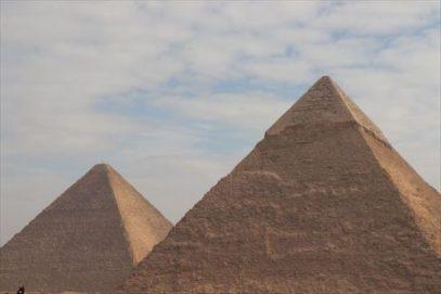 pyramids02_R