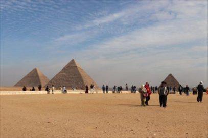 pyramids03_R