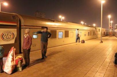 機関車と先頭車(業務用?)