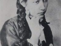 Уляна Кравченко - українська поетеса, письменниця