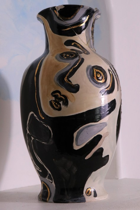 FACES OF EVE VASE 2 SIDE 2