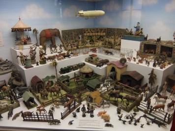 Toy Museum cases 3