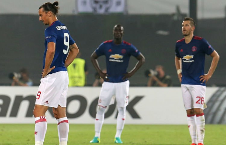 manchester-united-away-alternative-2016-17-adidas-shorts-worn-by-zlatan-ibramhimovic.jpg