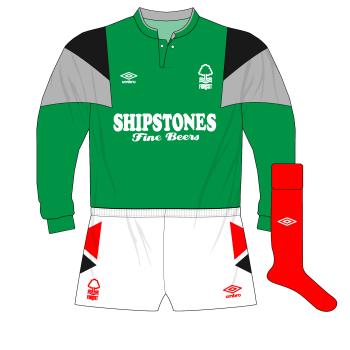 1989-1991-Nottingham-Forest-green-goalkeeper-kit-Mark-Crossley