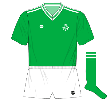 O'Neills-Republic-of-Ireland-1985-home-Denmark