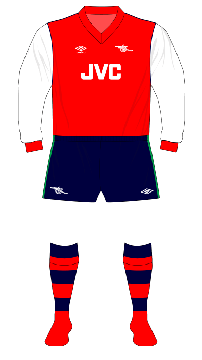 Arsenal-1982-1983-home-kit-navy-shorts-Everton-01