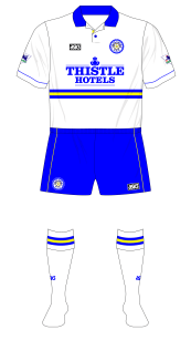 Leeds-United-1993-1995-asics-home-kit-blue-shorts-Ipswich-01