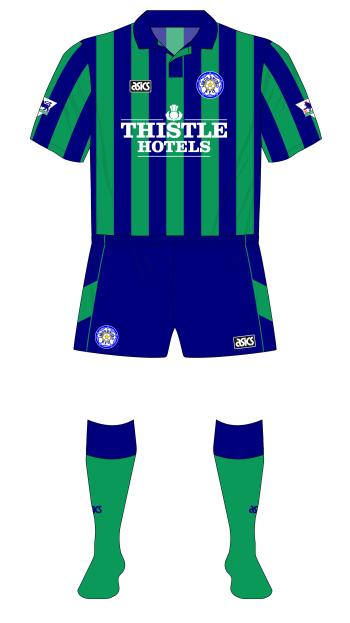 Leeds-United-1994-asics-third-green-Blackburn-01