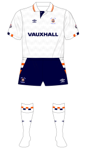 Luton-Town-1990-1991-Umbro-home-kit-Vauxhall-01