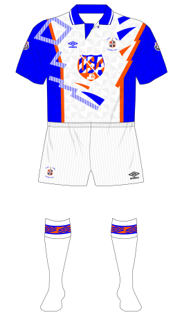Luton-Town-1991-1992-Umbro-home-kit-white-shorts-Manchester-United-01