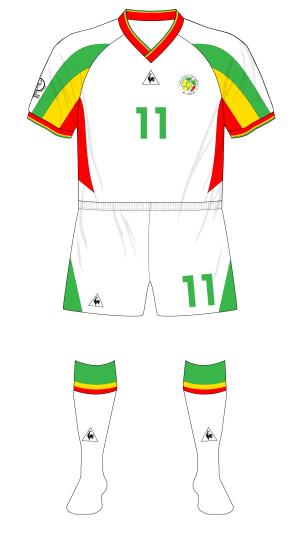Senegal-2002-Le-Coq-Sportif-maillot-domicile-white-shorts-Turkey-Denmark-02