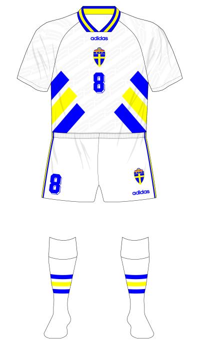 Sweden-1994-adidas-away-kit-01