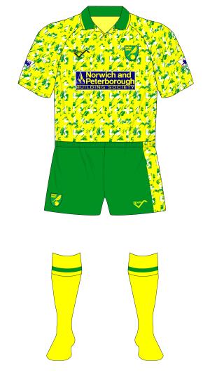 Norwich-City-1992-1993-Ribero-home-Bayern-Goss-01