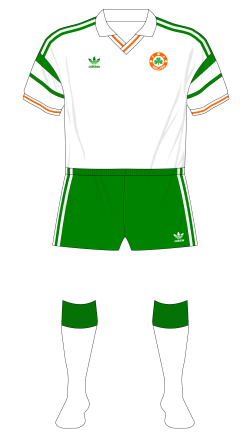 Republic-of-Ireland-1988-adidas-away-Northern-Ireland-01
