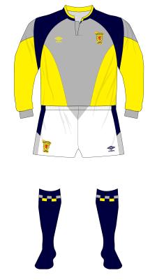 Scotland-1988-1991-Umbro-grey-yellow-goalkeeper-shirt-white-shorts-Goram-01