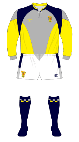 Scotland-1988-1991-Umbro-grey-yellow-goalkeeper-shirt-white-shorts-Goram-01