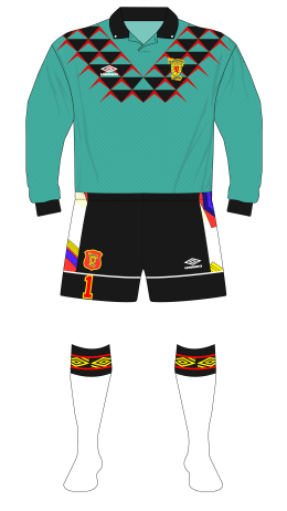 Scotland-1994-Umbro-goalkeeper-Goram-1991-Premier-triangles-01