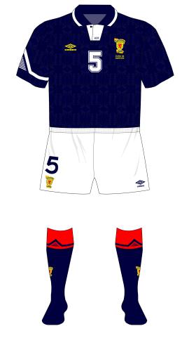 Scotland-1991-Umbro-home-Euro-92-plain-shorts-01