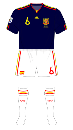 Spain-2010-adidas-away-white-shorts-socks-Chile-01
