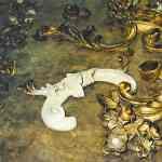 1700's Giltwood Mirror