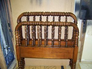 Antique Rope Bed 08