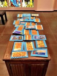 Geschenkkarten aus dem Workshop im Museum Schnütgen (Foto: Museumsdienst Köln)
