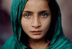 Museum für Gestaltung –  In Conversation with Steve McCurry – Girl with Green Shawl
