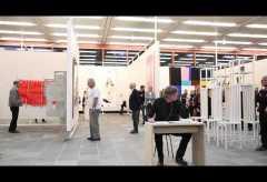 21er Haus: FLIRTING WITH STRANGERS | Performance von Heinrich Dunst