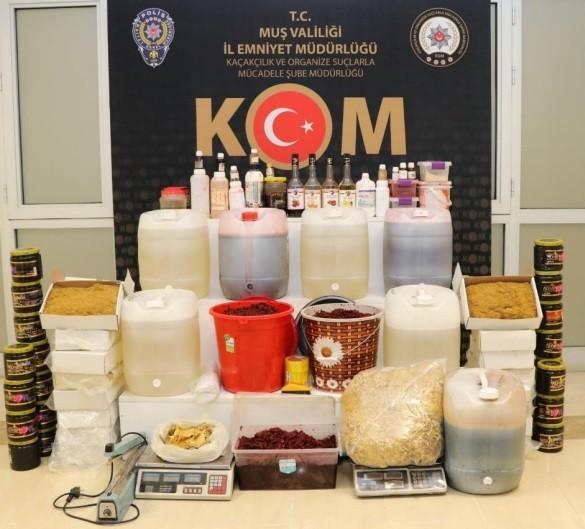 Polisten tütün kaçakçılığı operasyonu