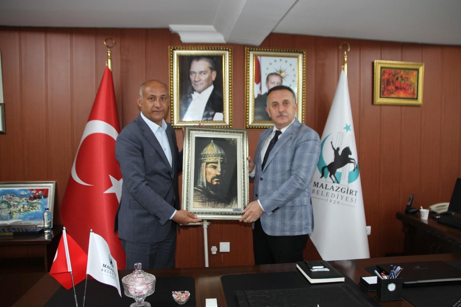 Bağcılar Belediye Başkanı Lokman Çağırıcı Malazgirt'te