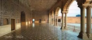 Lahore's rich heritage fading off
