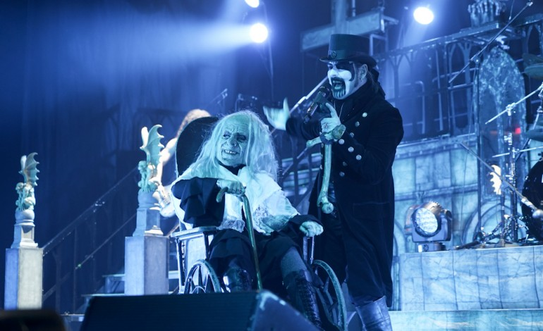 """King Diamond Performs New Song """"Masquerade Of Madness"""" Live In ..."""