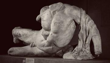 Фидий. Речной бог (Илисс?). (438-432 до н. э., Афины, Греция, западный фронтон Парфенона) (The British Museum)