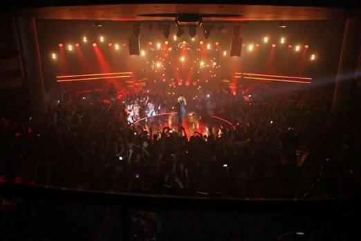 Templo da Lagoinha Niterói tomado pelo público na gravação do DVD