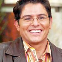 Ernesto Laguardia se despide de programa de Televisa HOY, casi lloró