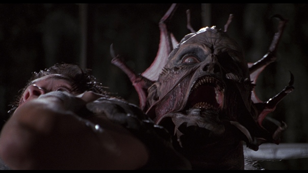 "Escena de ""Jeepers Creepers"" (2001)."