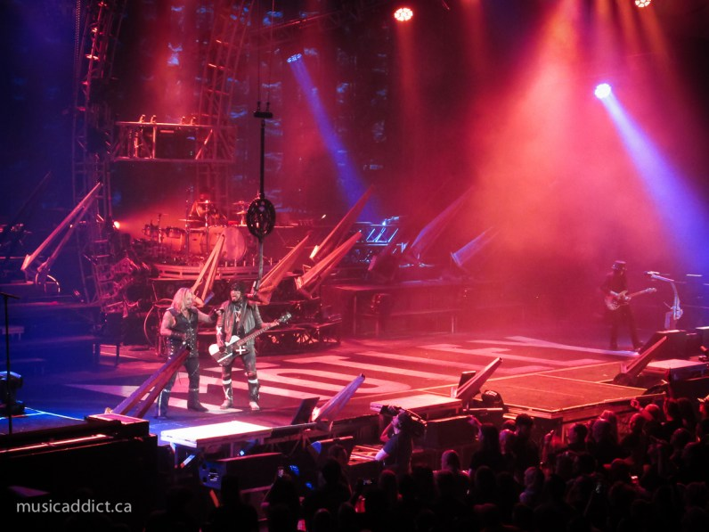 Mötley Crüe - August 24, 2015 (photo by Jean-Frederic Vachon)