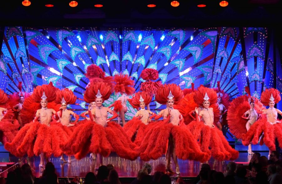 moulin Plumes Rouges ®Moulin Rouge B Royer sml x