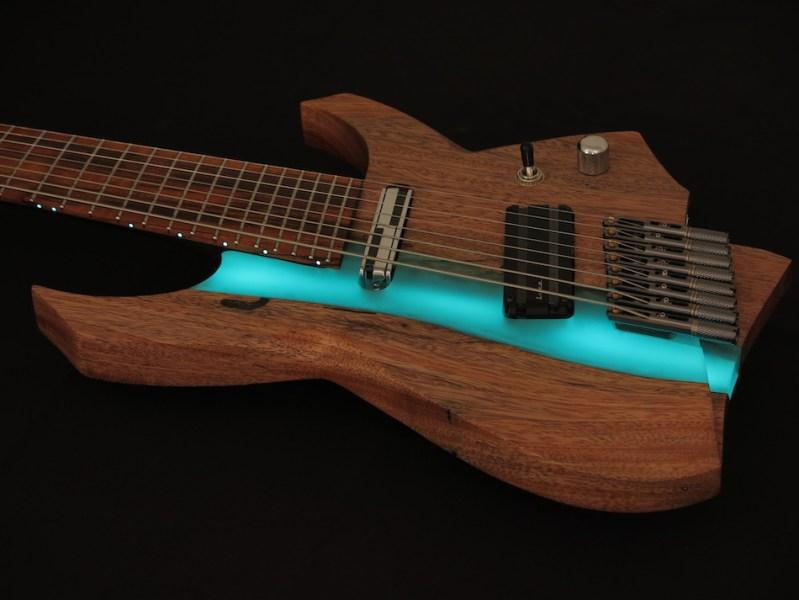 caracik guitars