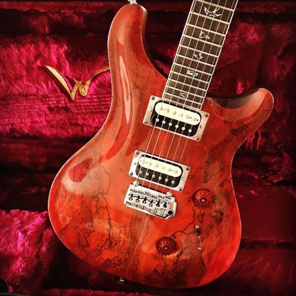 W Custom Guitars estilo PRS